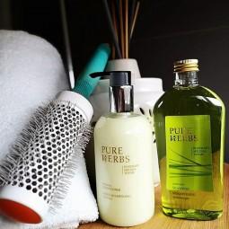 Pure Herbs, kosmetyki hotelowe w komplecie, szampon i odżywka do włosów- Pure Herbs, 1 x 250 ml, 1x 300 ml.