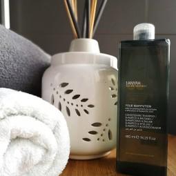 Szampon i odżywka w jednym, wzmacniający, bez parabenów, kosmetyk hotelowy - Anyah, 480 ml